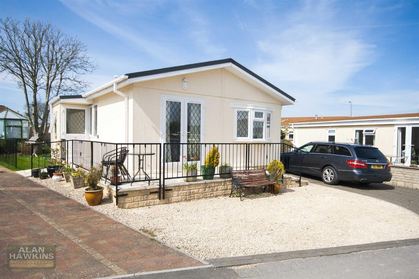 2 Bedrooms Park Home Mobile Home for sale in Lillybrook Estate, Lyneham
